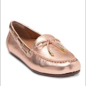 Vionic Rose Gold Virginia Leather Loafers Size 8